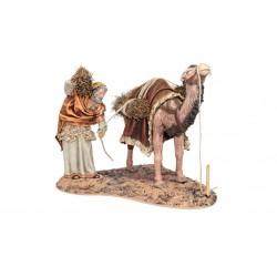 Pastor cargando leña en camello (95566-95569) - 12 cm