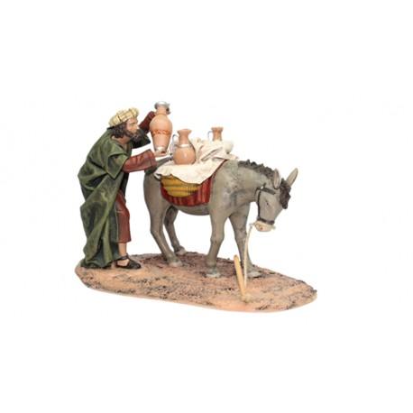 Pastor cargando ánforas en mula (95570-573) - 12 cm